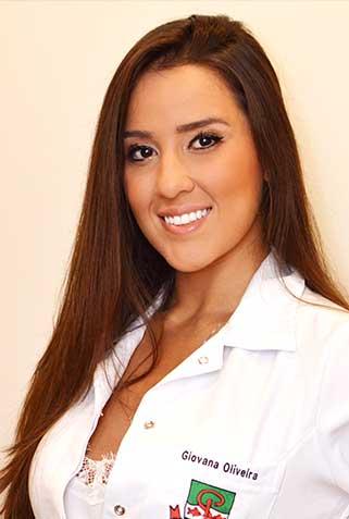 Dra. Giovana Oliveira